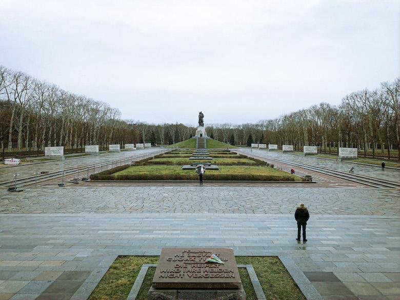 the soviet memorial park in berlin