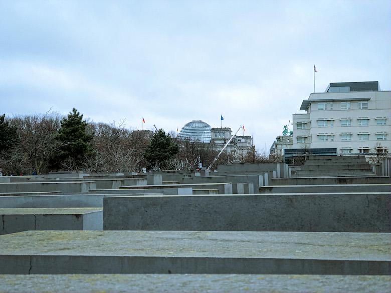 holocaust jewish memorial in berlin cycle tour