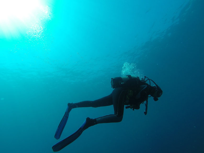 scuba diver buoyancy tips for managing anxiety